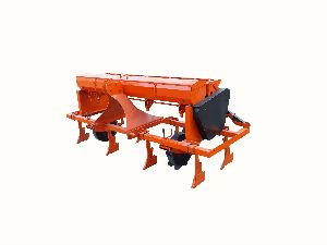 BT Cotton Planter