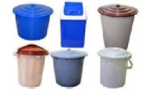 Plastic Buckets And Bins