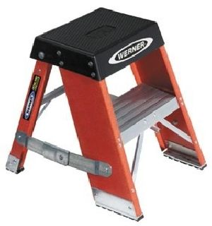 FIBERGLASS 2 FEET STEP STAND LADDER