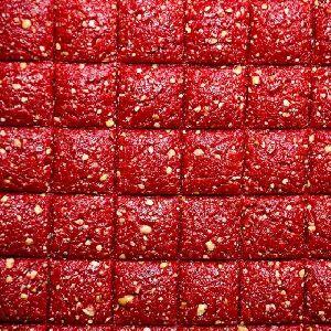 Strawberry Groundnut Crushed Chikki