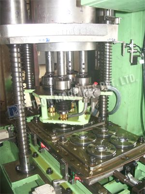 Shuttle Type Multispindle Tapping Spm