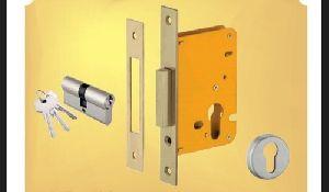 Deadlatch Door Lock