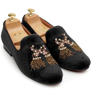 3d Dancing Tassel Black Shoes