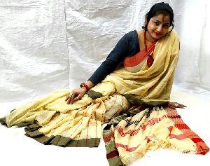 Designer Handloom Pure Khadi Jaquared Pallu With Designer Blouse Piece Famous For Their Exquisite De