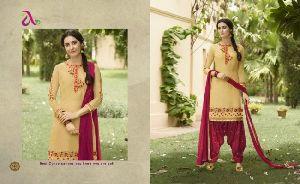 Saina Patiyala Pure Camric Embroidery Salwar Kameez