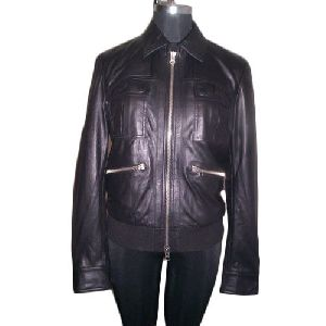 Ladies Full Sleeve Black Leather Jacket