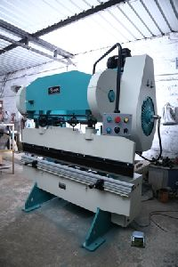 Almirah Manufacturing Machine
