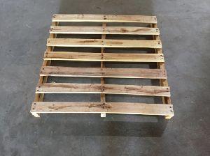 Neem Wooden Pallets