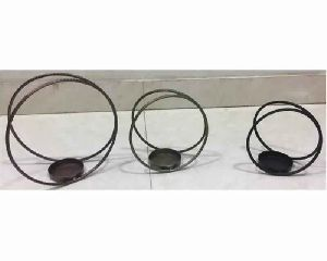 Set Of 3 Wire Metal Pillar Candle Holder