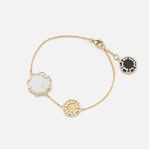 Bracelet In Yellow Gold With Mother Of Pearl & Black Agate
