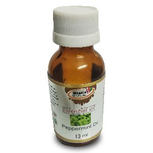 100 % Natural & Undiluted Peppermint Essential Oil