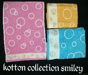 Kotton Smiley Towels
