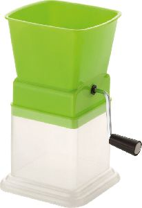 Plastic Chilly Cutter Prime