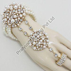 Pearl Hand Chain