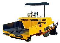 asphalt mechanical paver
