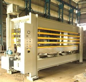 Sandwich Panels Foaming Press