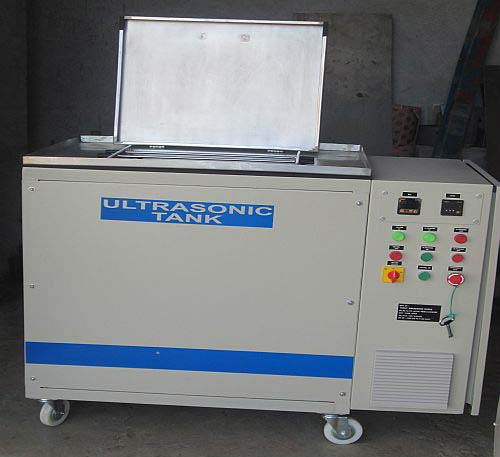 Ultrasonic Cleaning Machine (04)