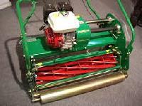 roller type lawn mowers