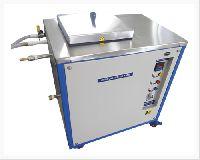 Cryostat water bath