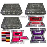 SILVER CRAFTED JEWELRY BOXES