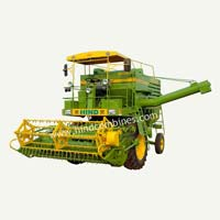 Compact Self Propelled Combine Harvester