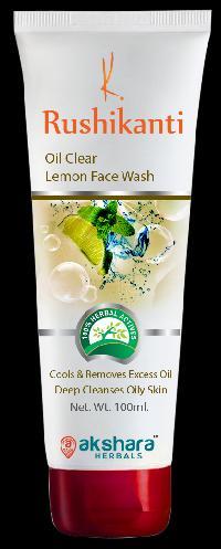 Rushikanti Oil Clear Lemon Face Wash
