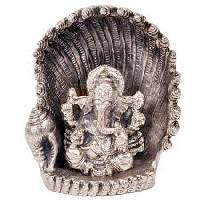 White Metal Antique Handicrafts