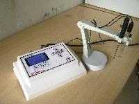 Microprocessor Digital ph Meter with 5 Pt Calibration