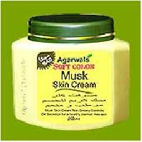 Musk Moisturizing Cream