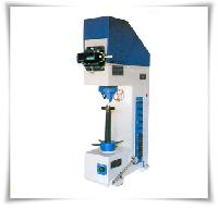 Vicker Hardness Testing Machine