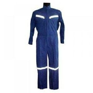 Cotton Dangri Suit With Radium Tape