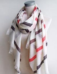 fashionable woolen shawls
