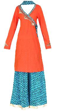Trendy Stylish Long Pakistani Style Kurti