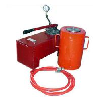 Remote Control Hydraulic Jack