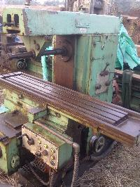 Used Universal Milling Machine (hmt Fn2u)