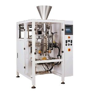 Snacks Pouch Packaging Machine