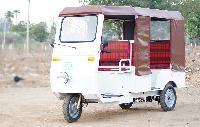 Sweekar Battery Operated E-rickshaw