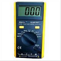 Metrix + Digital Capacitance Meter