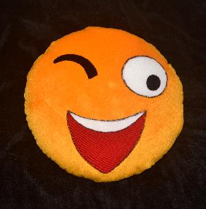 SMILEY-CUSHION