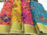 Poli cottons in Floral design saree .
