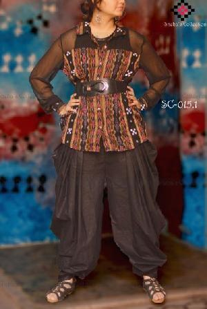 Net Sleeves Top & Khadi Butterfly Pant