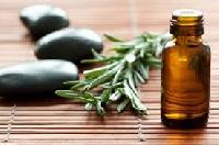 Essential & Aromatherapy Oils