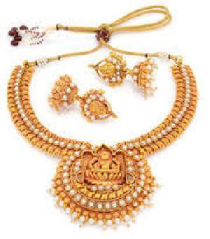 Best Imitation Gold Traditional Necklace Set