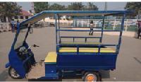 SER-03 Solar Electric Rickshaw
