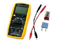 Digital Capacitance Meter