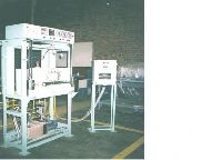 Vacuum de foaming system