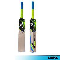 Cricket Bat Kashmir Willow - LIBRA