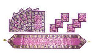 Tr03_ai01 Purple Designer Table Runner