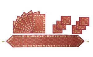 TR05AI01Red Designer Table Runner