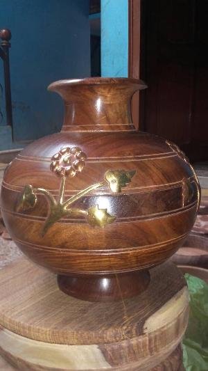 Wooden Flower Pots In Saharanpur Manufacturers And Suppliers India